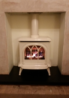 Gazco Huntingdon 30 Gas Fire Stove In Ivory Enamel - Kingswinford, West Midlands.