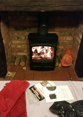 Fireline fx5w with 316 grade lining, fitting to existing fireplace - Walsall.