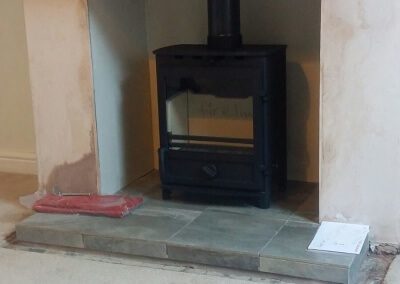 Charlton & Jenrick Fireline FX5W Multifuel Stove With A 316 Grade Liner, Solid Tiled Hearth & A Solid Oak Mantel - Sedgley, West Midlands